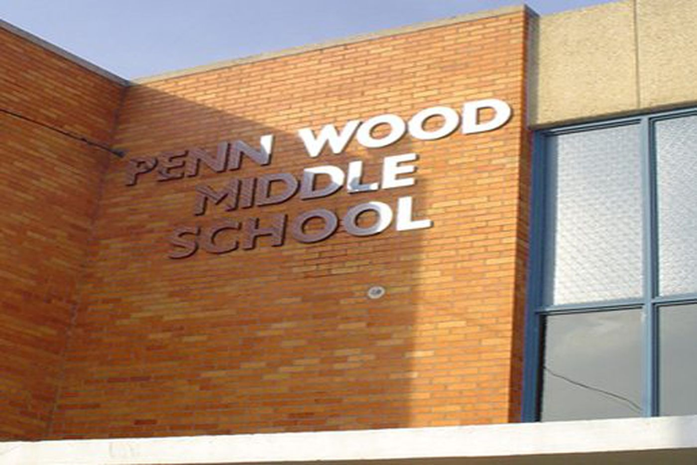 Nearby homicide investigation closes Delco middle school