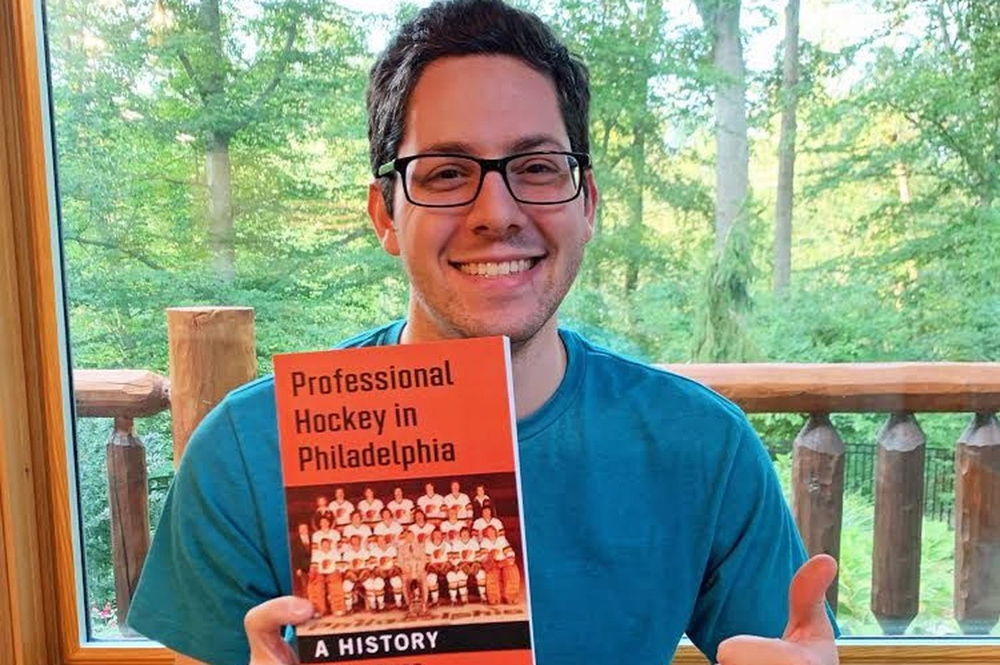 New book details fascinating stories about Philly's pro-hockey history, including a team that conjures 'Slap Shot' memories | Sam Carchidi
