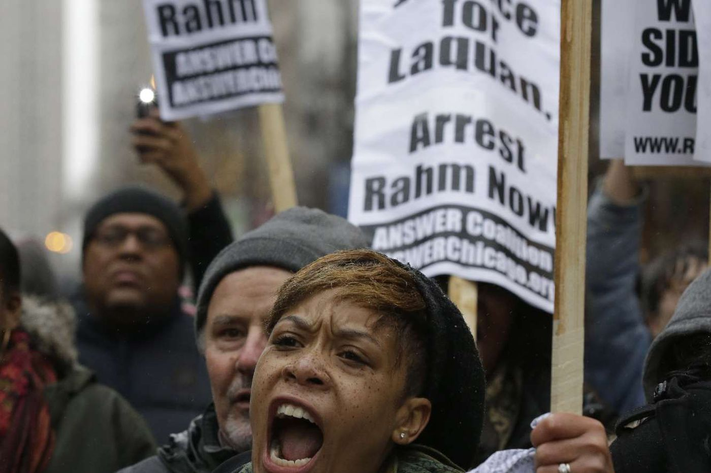 More than 1,000 march to protest killing in Chicago