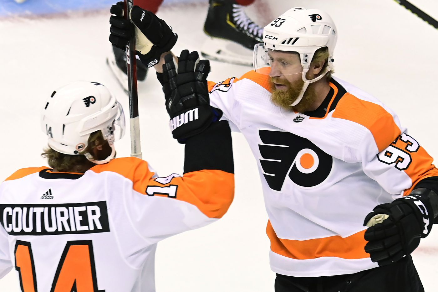 Flyers winning with defense and goaltending, but top two lines need to find scoring touch