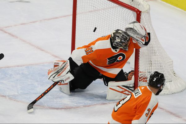 Flyers goalie Anthony Stolarz, steeled by misfortune, vows to bounce back | Sam Donnellon