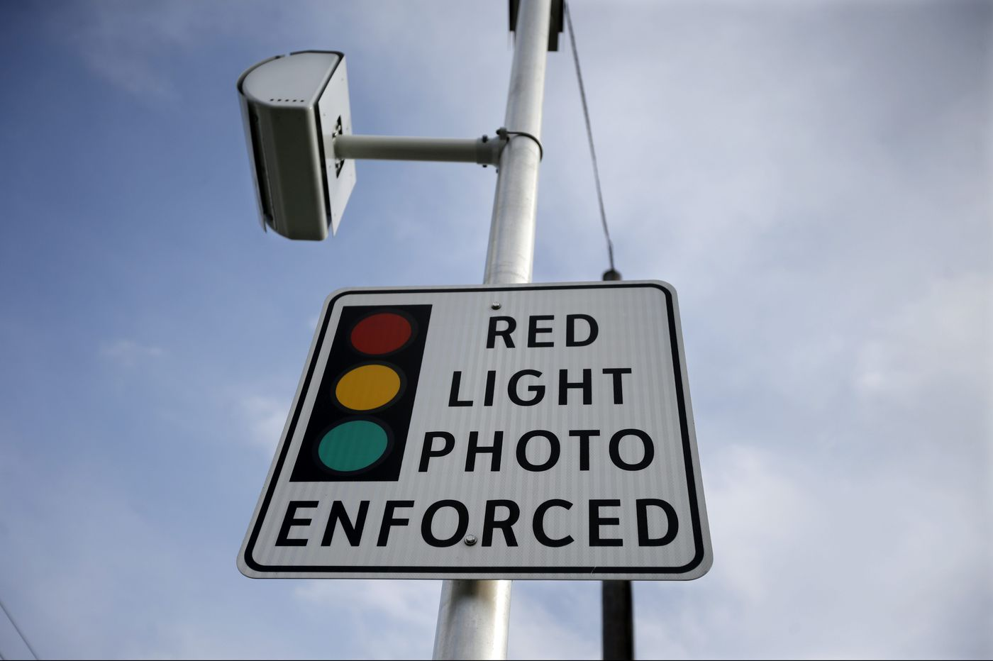 N.J. lawmakers want to protect residents from other states' red-light camera fines