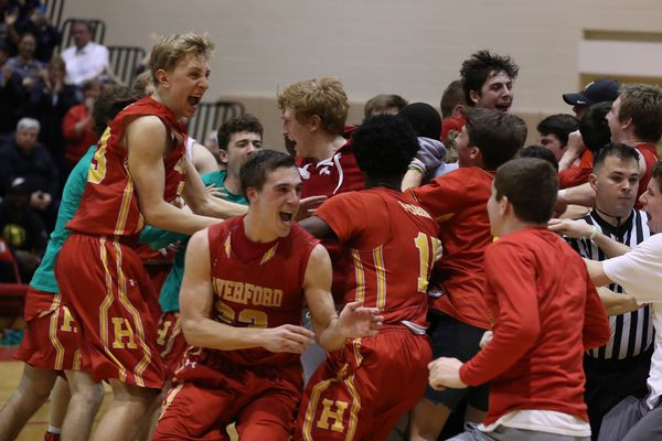 Hunter Kraiza powers Haverford past Penncrest in Central League basketball title game
