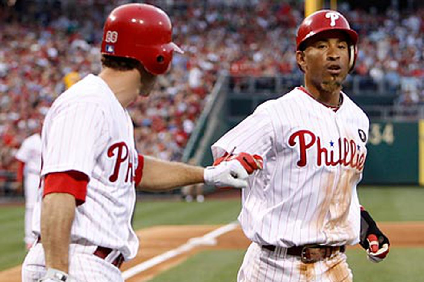 Phillies beat Dodgers, 3-1