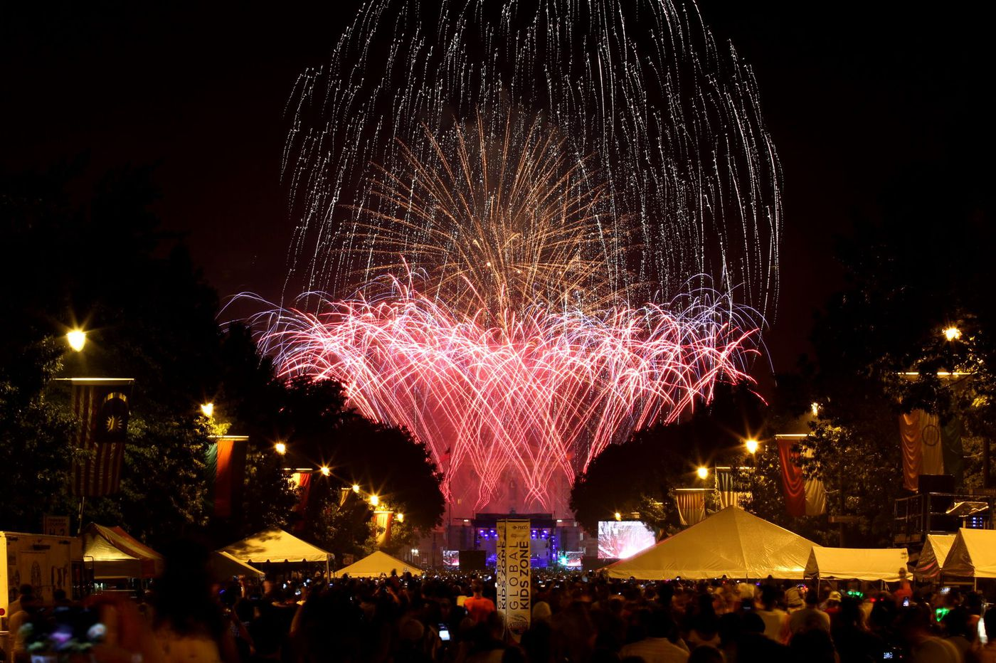 Fireworks on July Fourth: Where to watch them in and near Philadelphia