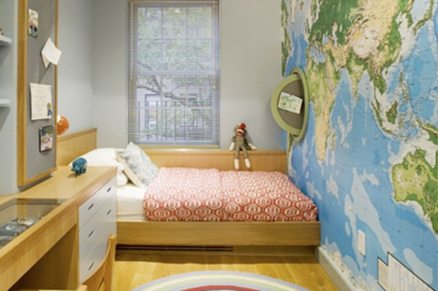 Picture of: A World View Decorating With Maps