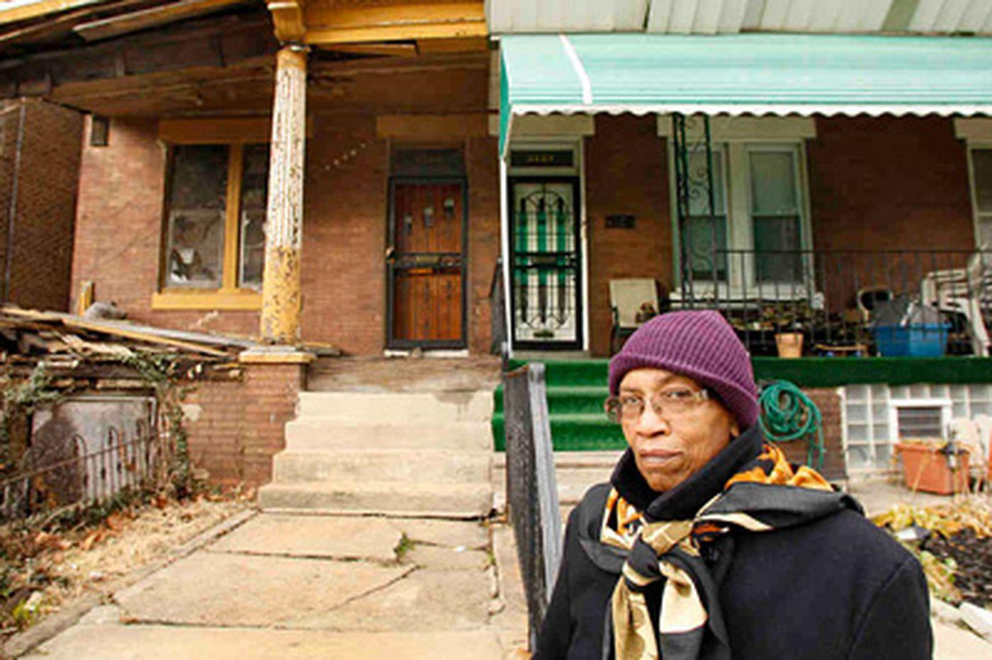 City Howl Help Desk: Philadelphia Daily News City Howl helps bring down a house
