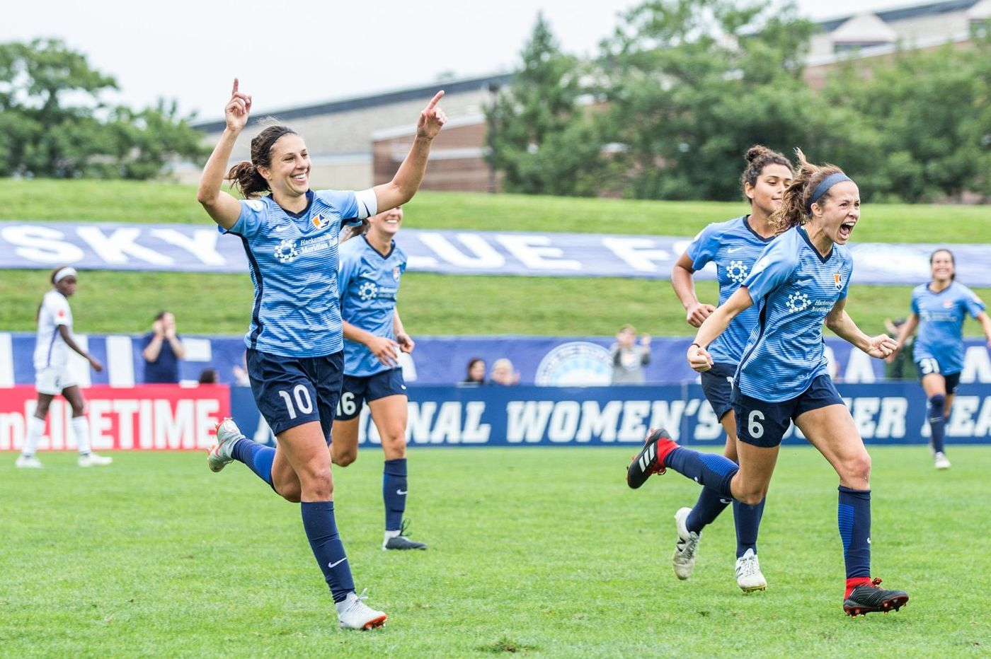 Carli Lloyd saves Sky Blue FC from winless season, then turns fire on troubled front office