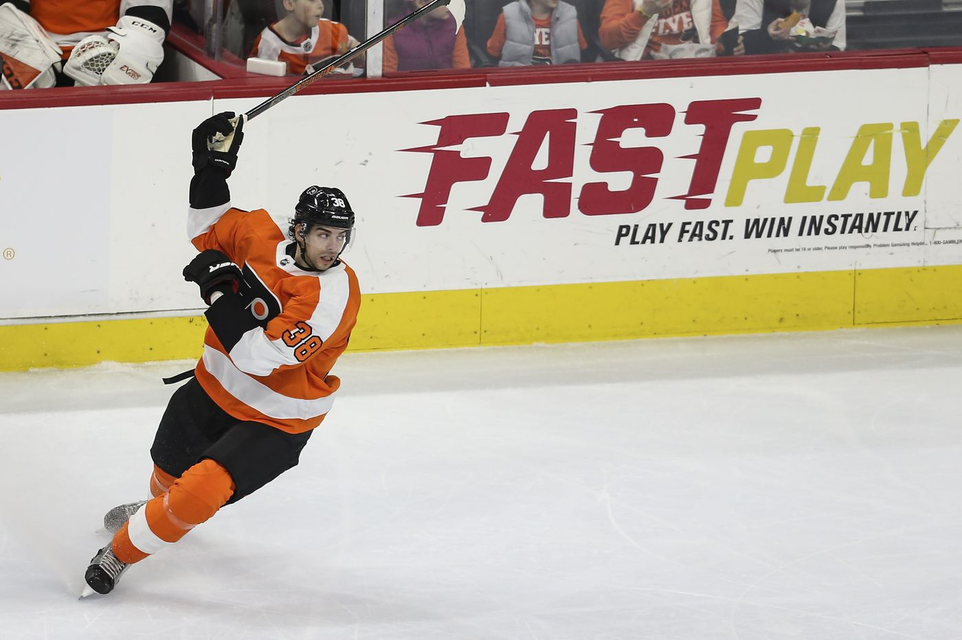 Flyers center Derek Grant's fishy tale (and the picture that proves it) | On the Fly