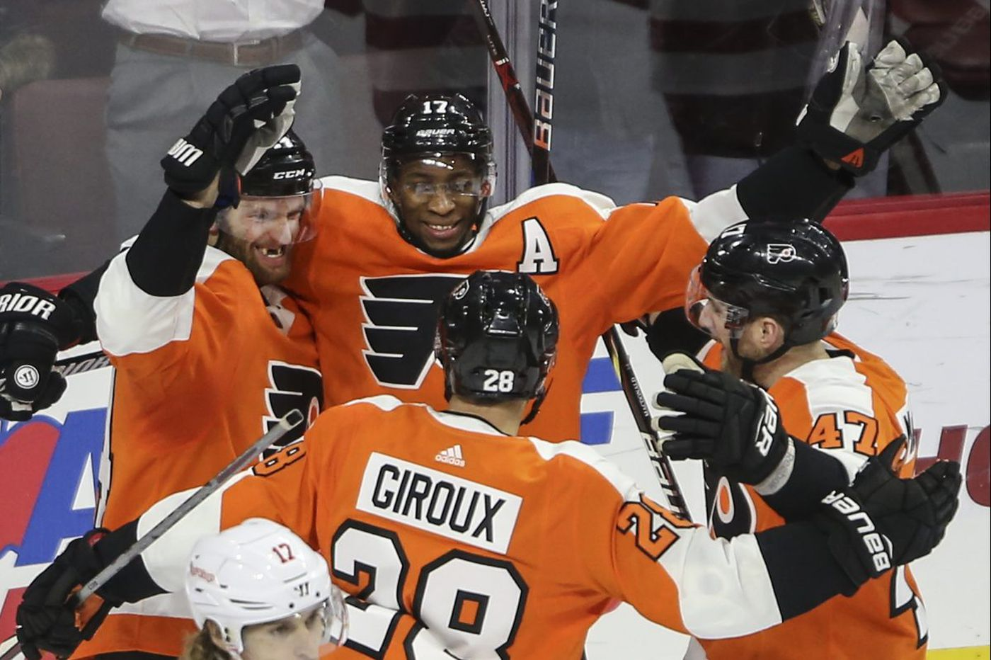 Flyers rally past Detroit, 4-3, as Sean Couturier scores winner