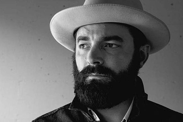 Drew Holcomb and his 'Medicine,' at WCL tonight, are easy to swallow