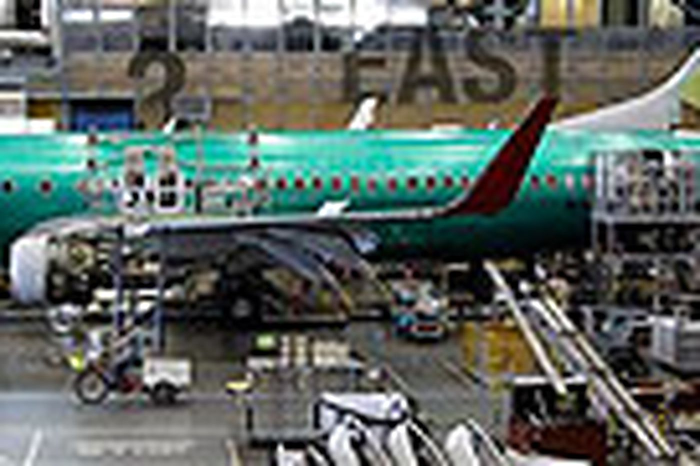 Labor board drops Boeing complaint