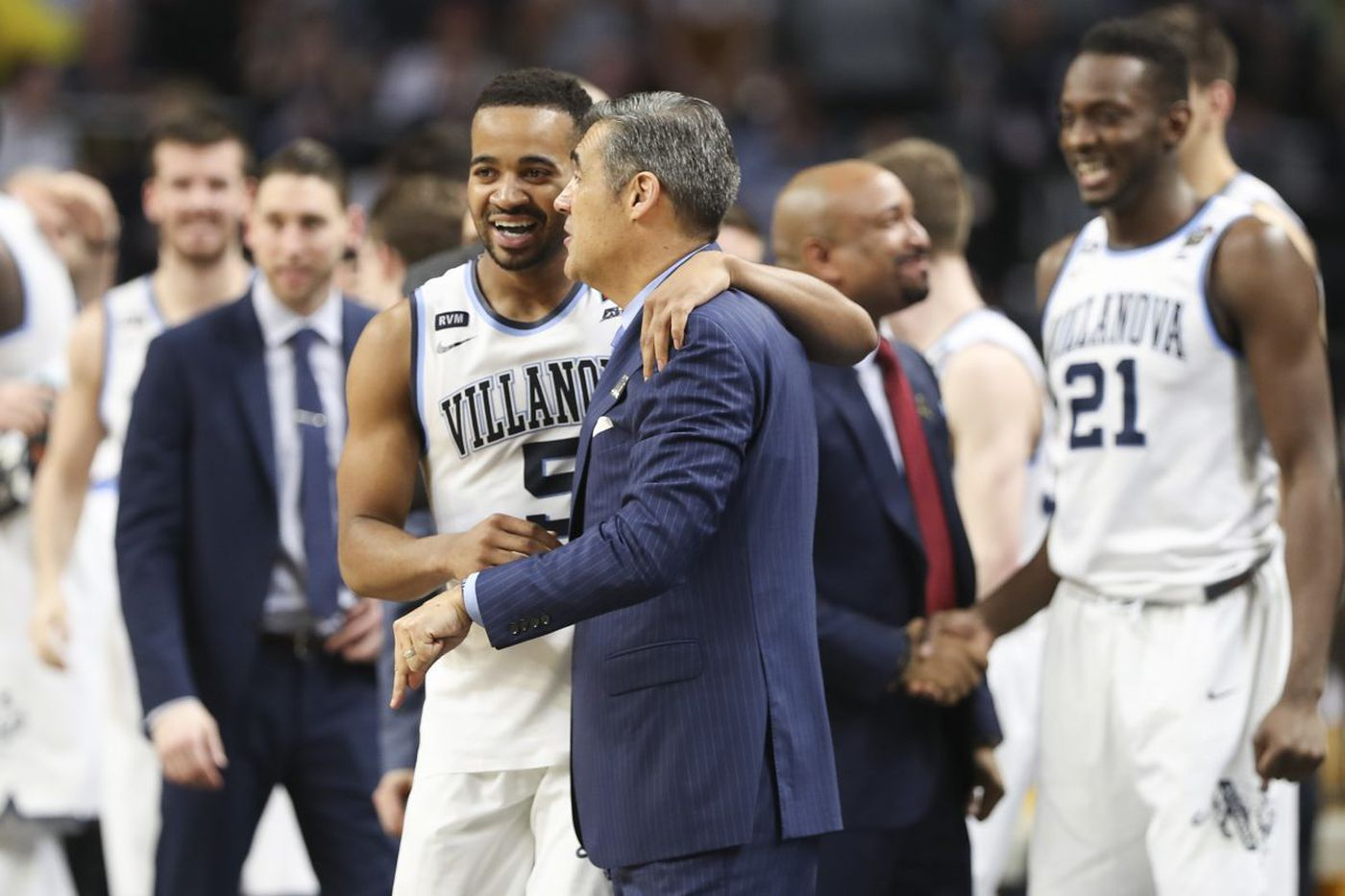 Phil Booth's national-championship journey, from leading scorer in '16 to facilitator in '18   Bob Ford