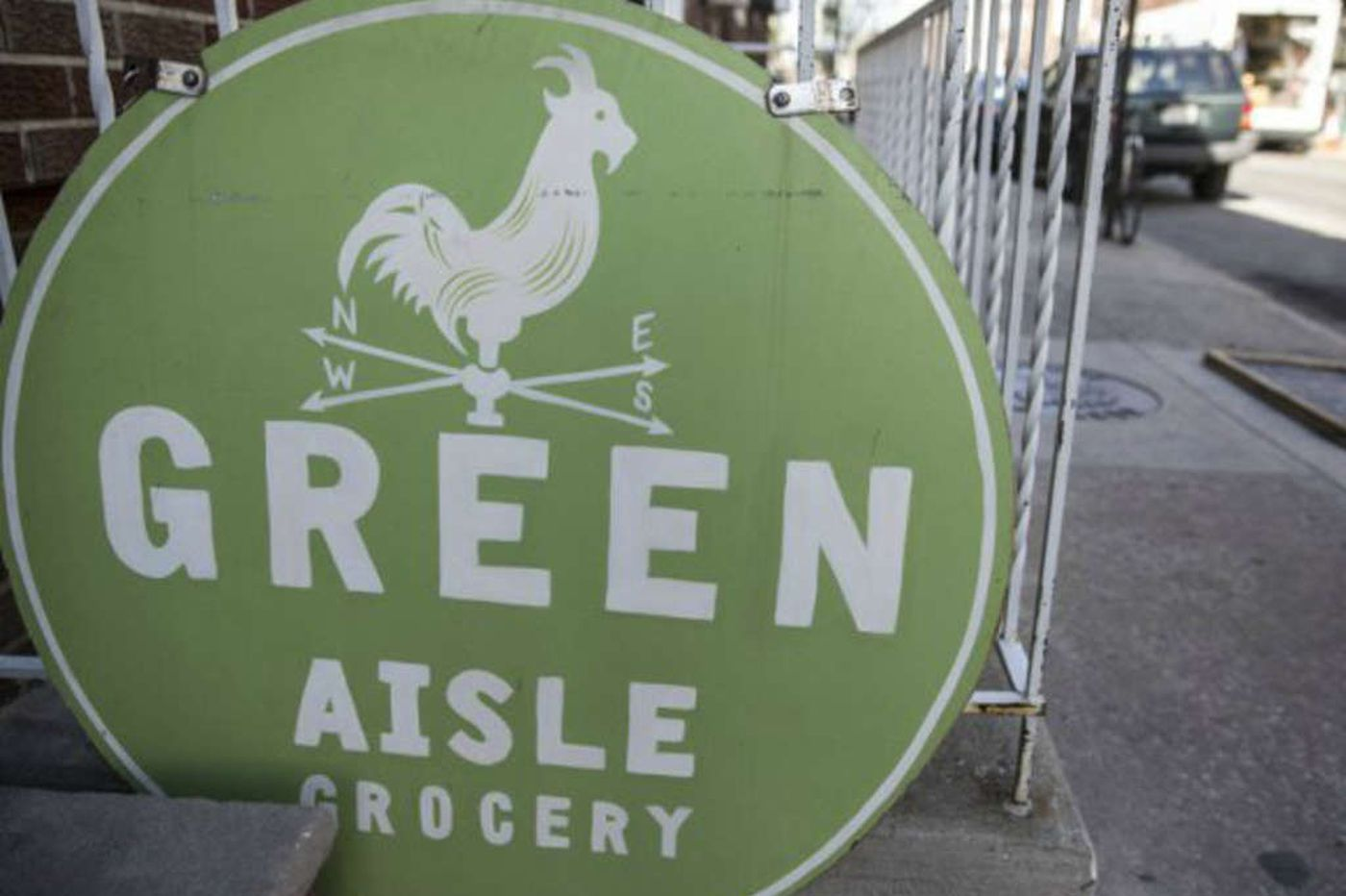 Green Aisle Grocery to close its 2 locations
