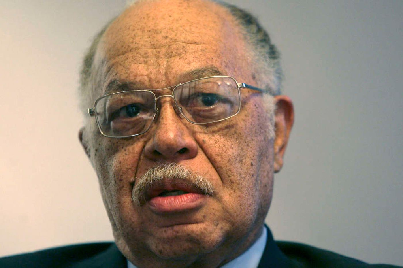 Imprisoned abortion doc Kermit Gosnell sues Philly D.A., Daily News