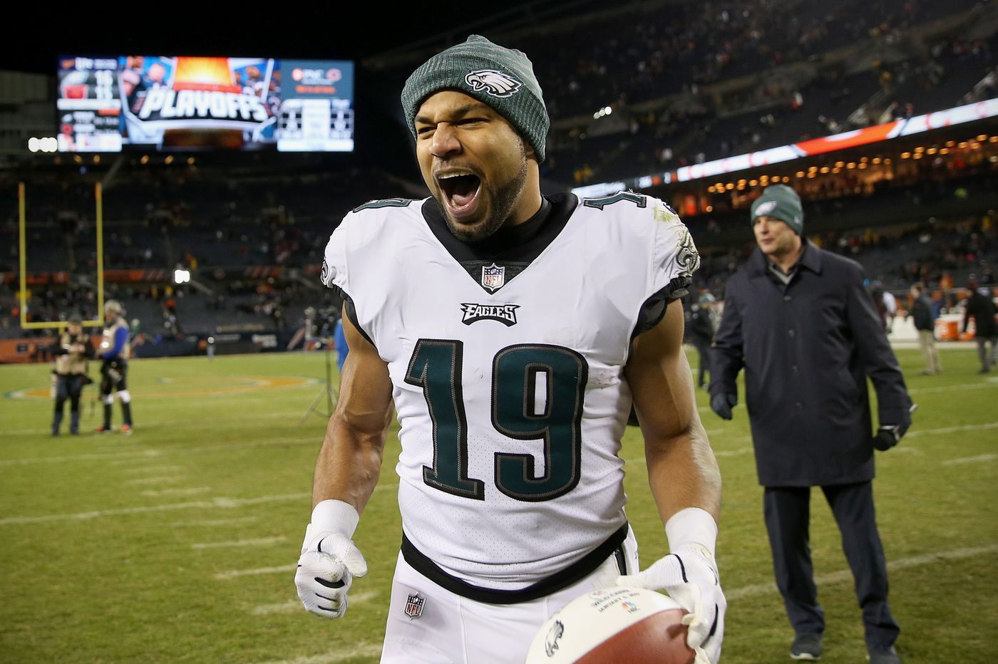 Former Eagles wide receiver Golden Tate to sign with Giants