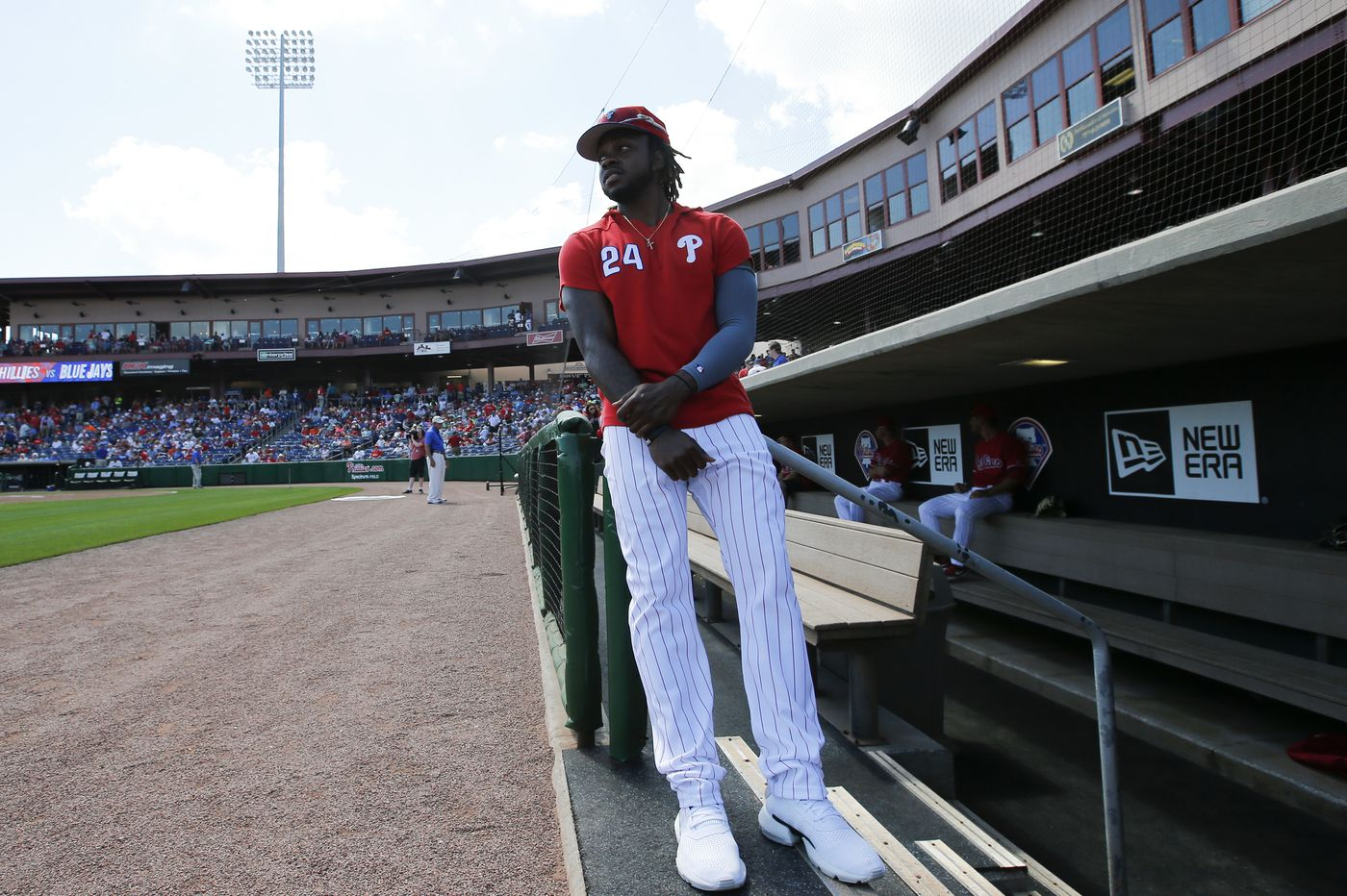 Roman Quinn joining Phillies, who place Odubel Herrera on injured list
