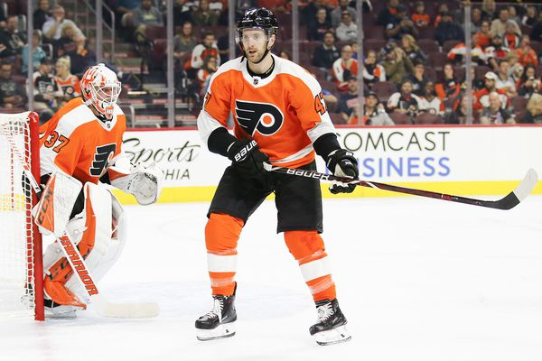 After conditioning stint, Andrew MacDonald returns to Flyers' lineup