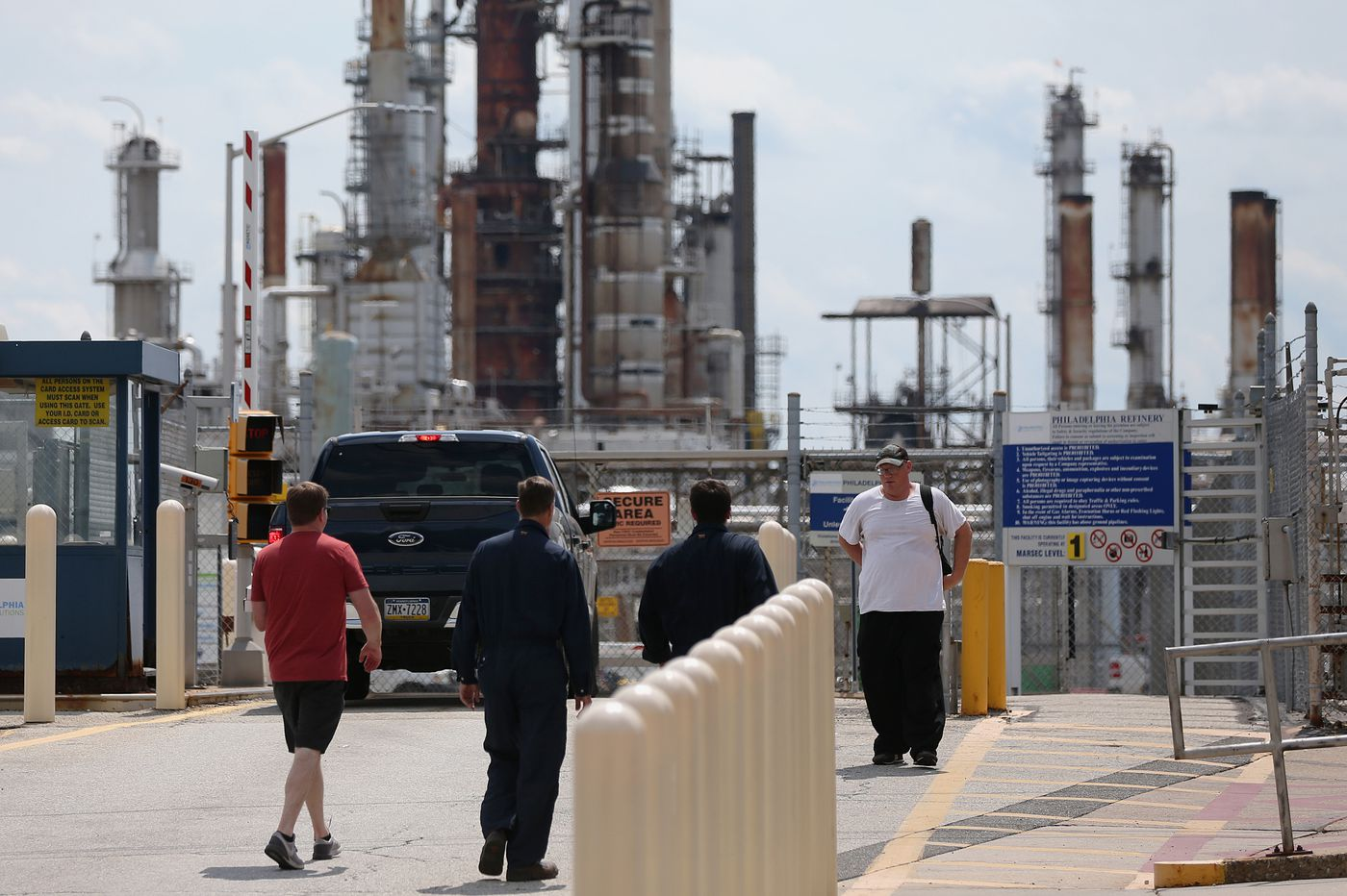 Bankrupt Philly refinery has a new bidder in former chief with big plans to revive fuel complex