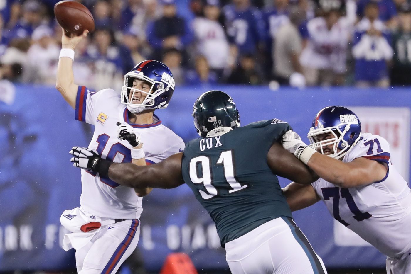 With Fletcher Cox leading the way, Eagles pass rush turned up the heat on Eli Manning