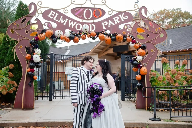 """Laurie Butera and Paul Green wed at the Elmwood Park Zoo in a wedding that showcased their love for animals and the movie """"Beetlejuice."""""""