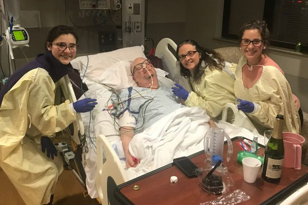 Words that heal: ICU journals at Penn help patients and staff