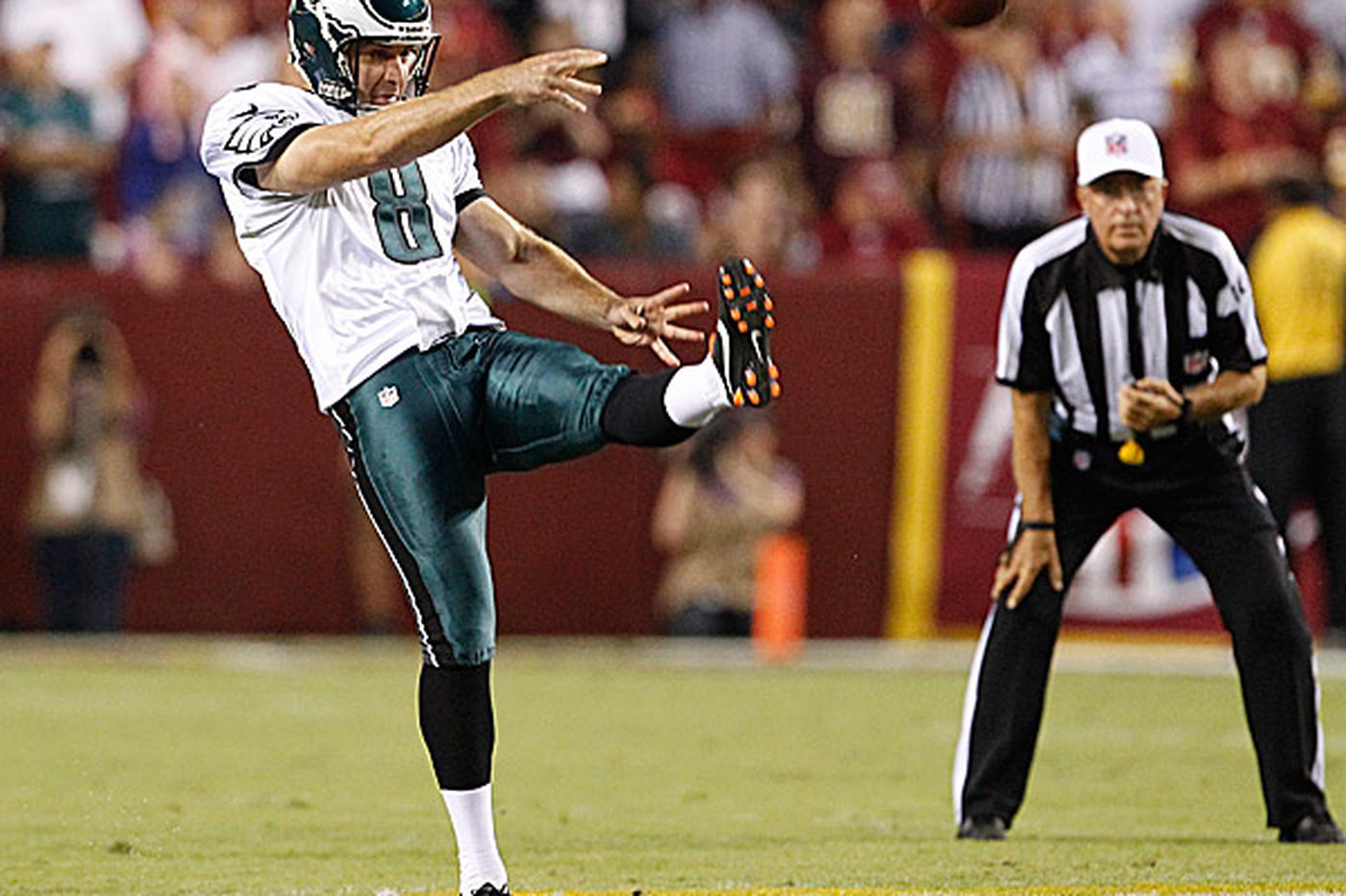 Punter, punt coverage key to Eagles' surge