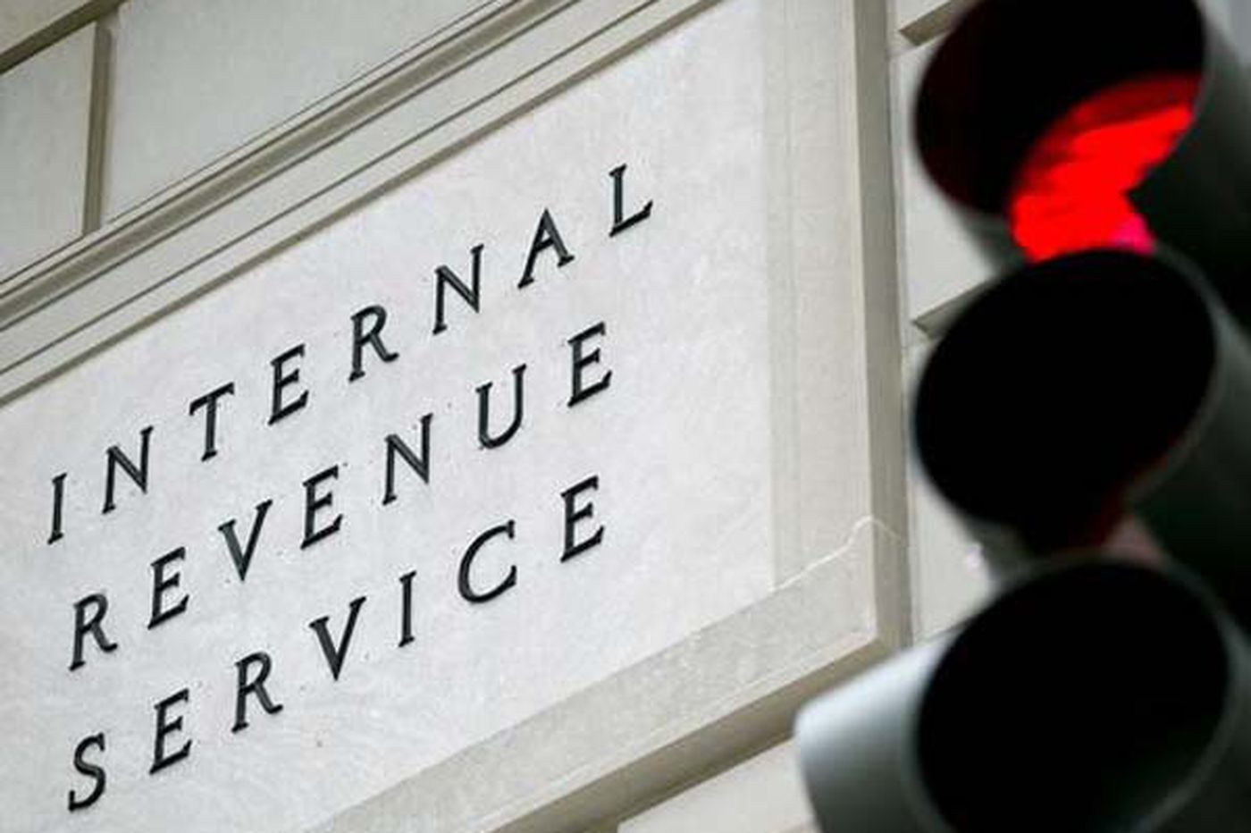 Monday Money Tip: Getting calls from the IRS? It's a scam