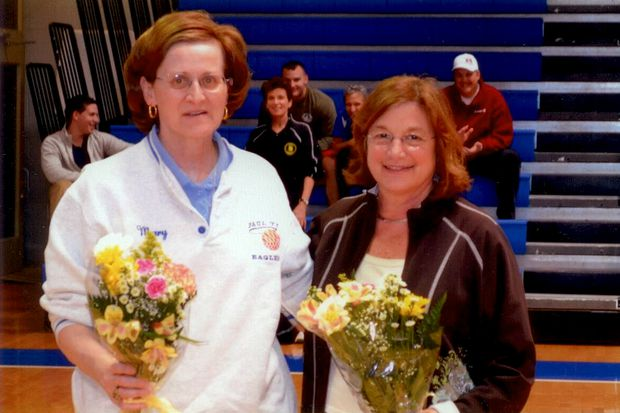 Women's basketball pioneer Mary Scharff, former Immaculata star, dies at 64