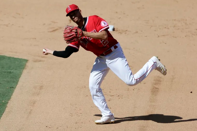 Free-agent shortstop Andrelton Simmons was hampered by an ankle injury last season. But he has been an elite defender throughout his major-league career.