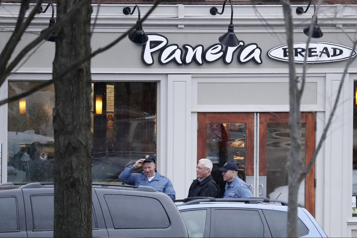 Man killed by police in Princeton standoff