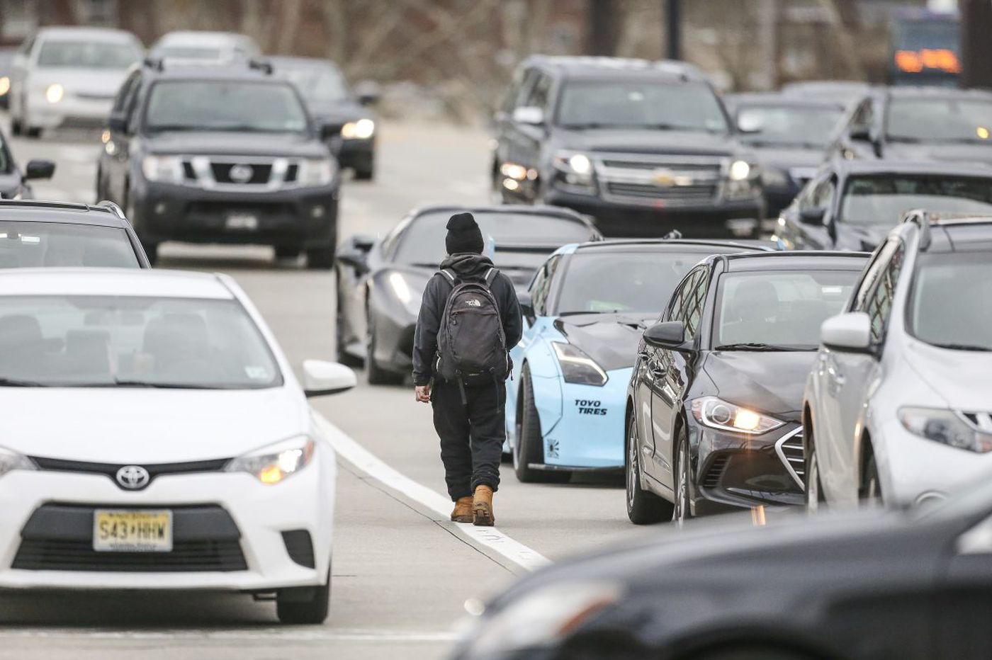 Panhandlers in Philly traffic ply a lucrative, but dangerous, trade