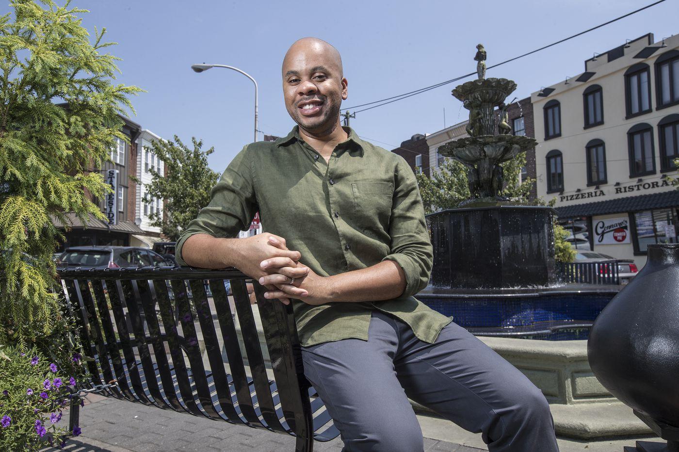 R. Eric Thomas wins prestigious Lanford Wilson Award