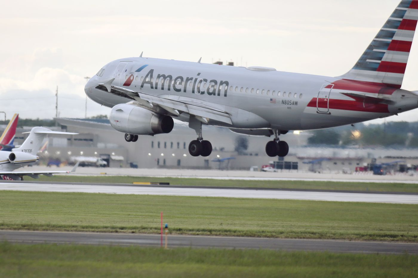 American Airlines June Flight Cancellations Soared In Philly