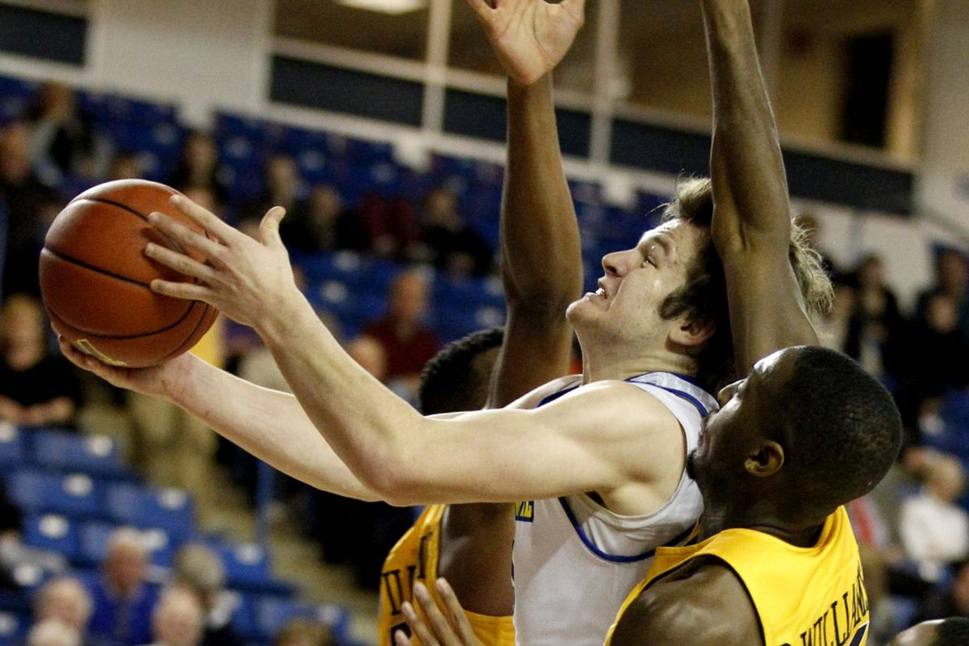 Ryan Daly transferring from Delaware to St. Joseph's