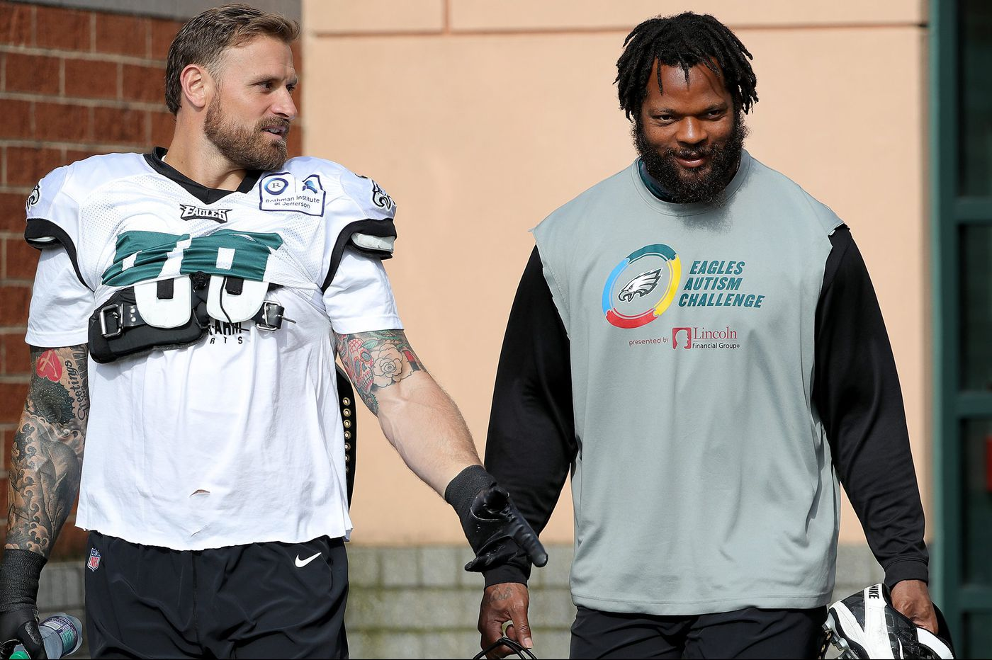 huge selection of be442 5a32d Michael Bennett and Chris Long: The Eagles' bromantic comedy ...