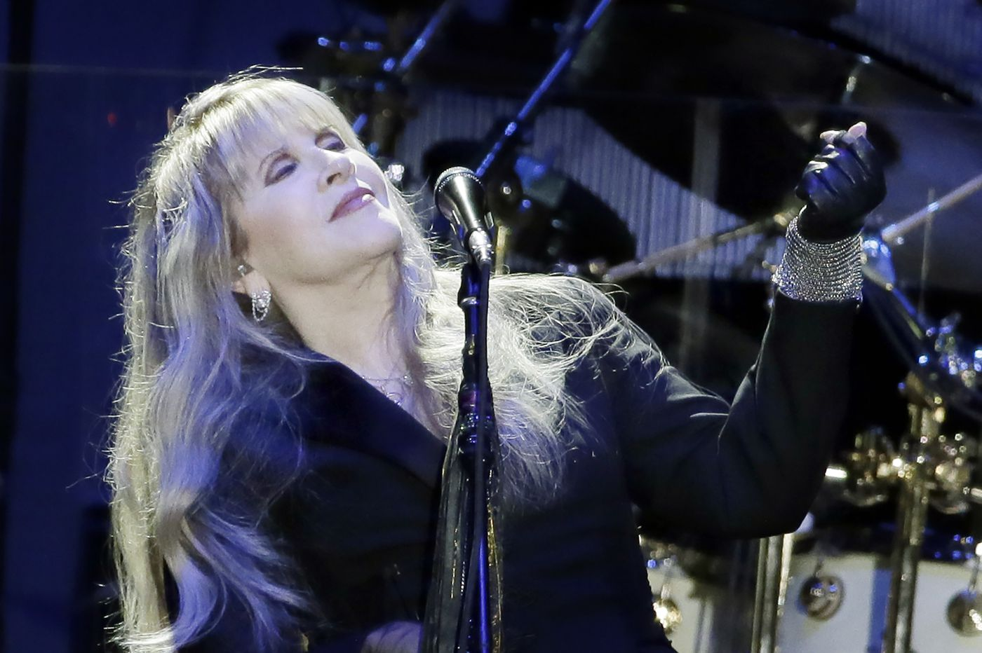 Fleetwood Mac's show at the Wells Fargo Center postponed due to illness