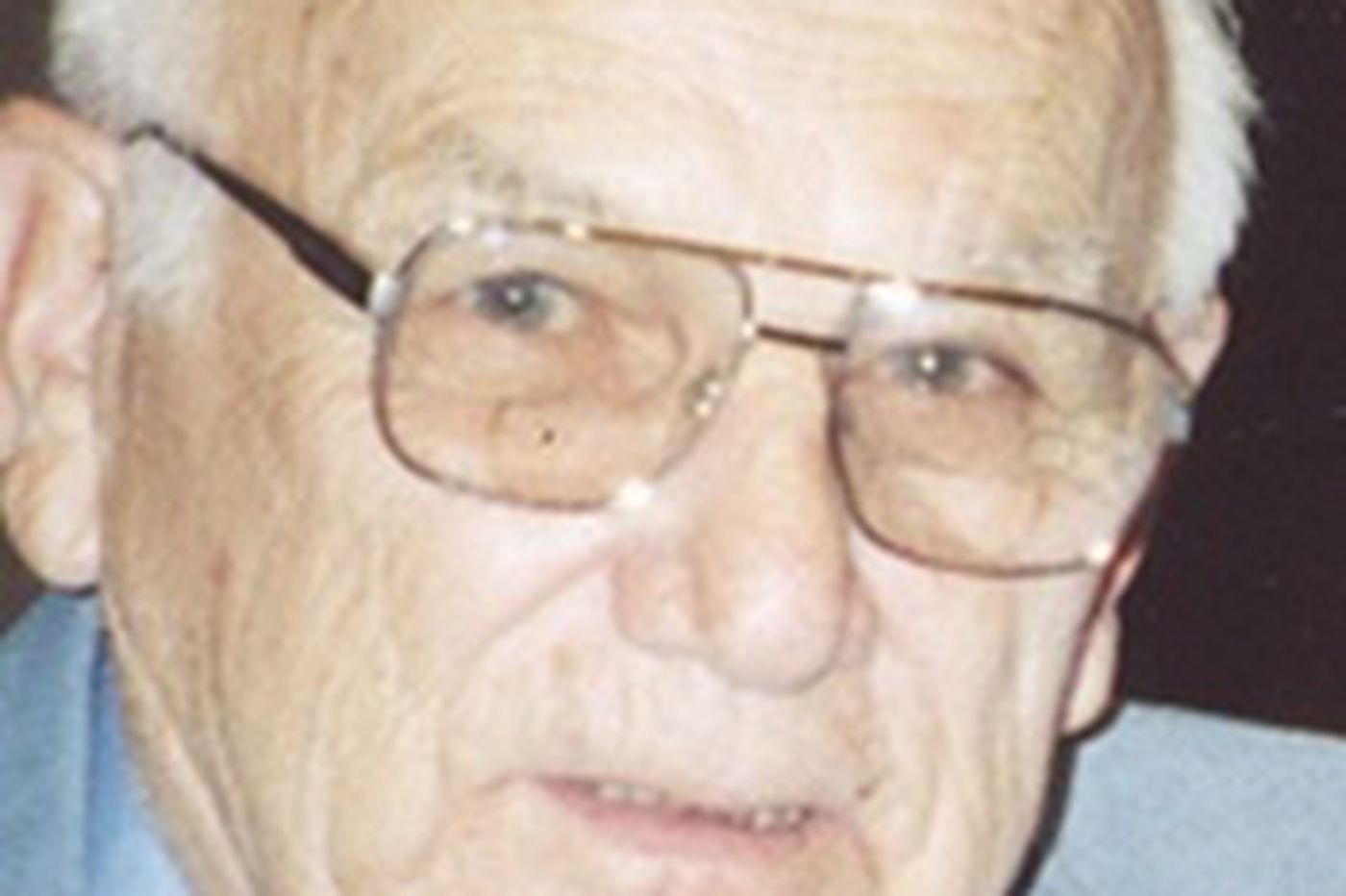 Robert Protesto Jr., 91, owned sign firm