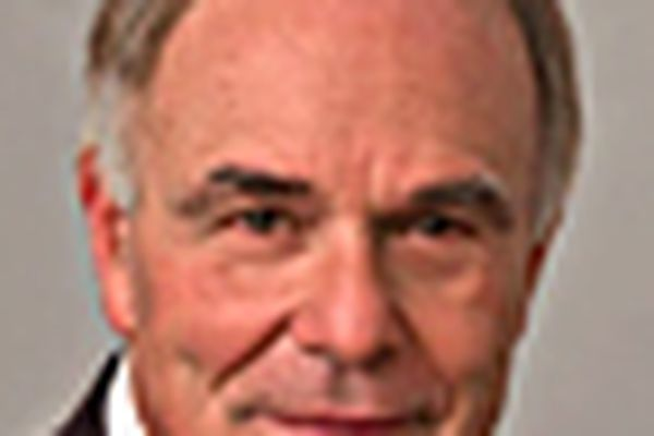 Rendell says bid for papers is still on