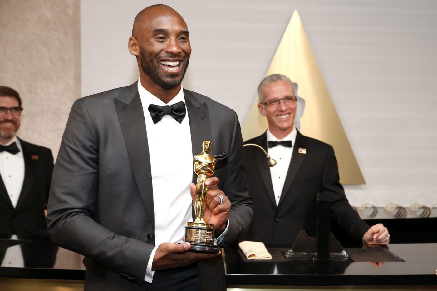 Kobe Bryant talks Oscar win on 'Jimmy Kimmel'