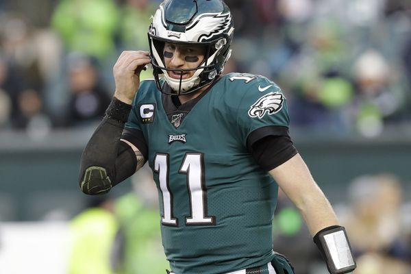 Injuries, turnovers, and an ineffective Carson Wentz: Eagles follow a losing recipe against Seattle