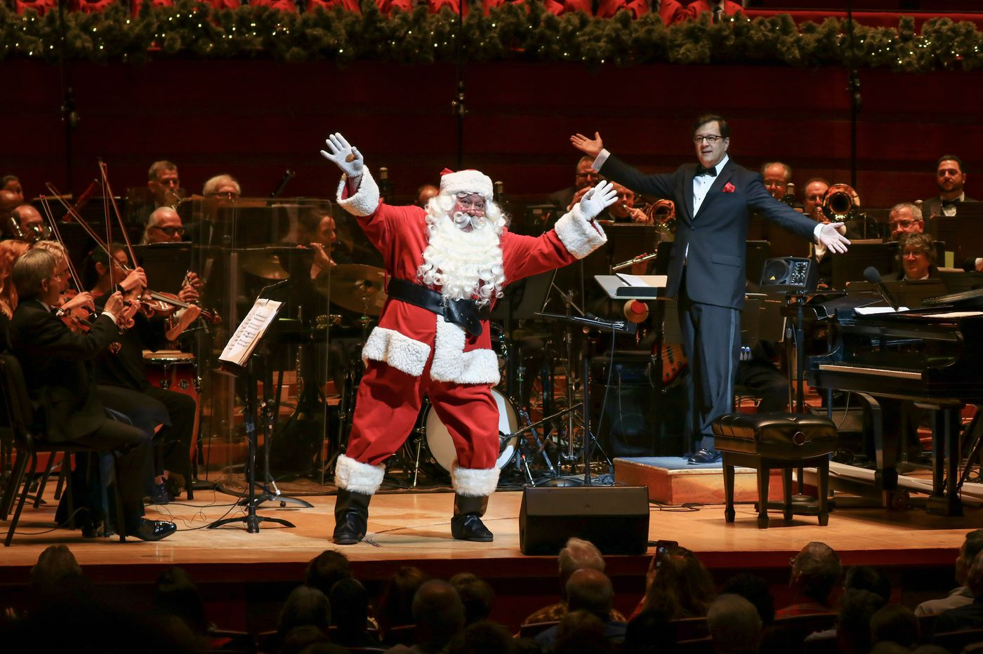 With new conductor Todd Ellison, Philly Pops takes a misty, nostalgic view of Christmas