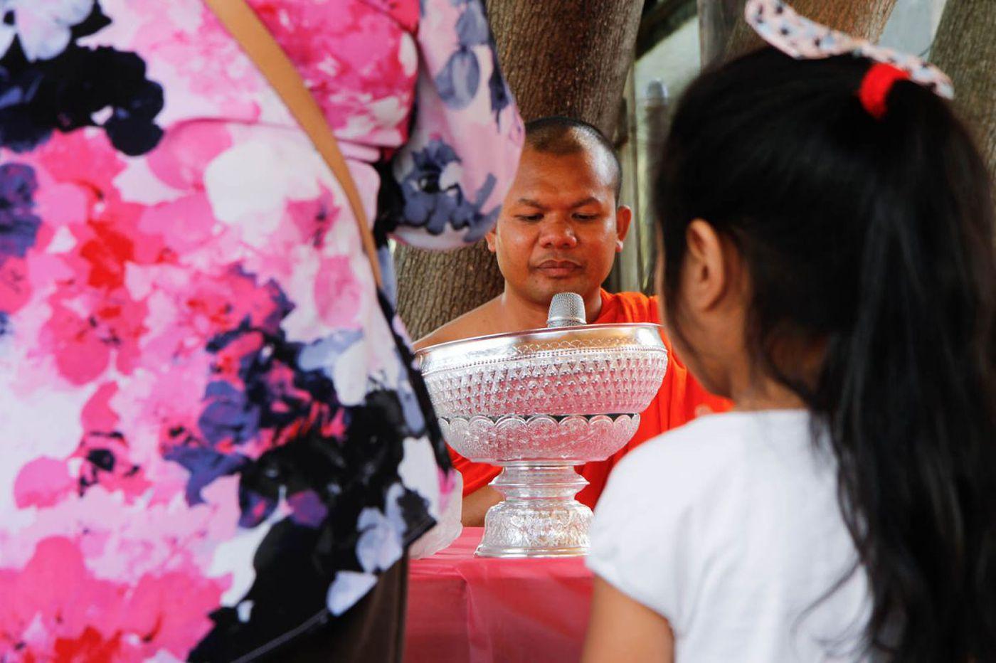 Video: Cambodian Buddhist Monks find religious sanctuary in Philadelphia