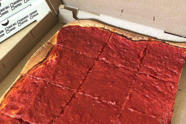 Iannelli's Bakery caters to tomato pie fans — when he feels like it