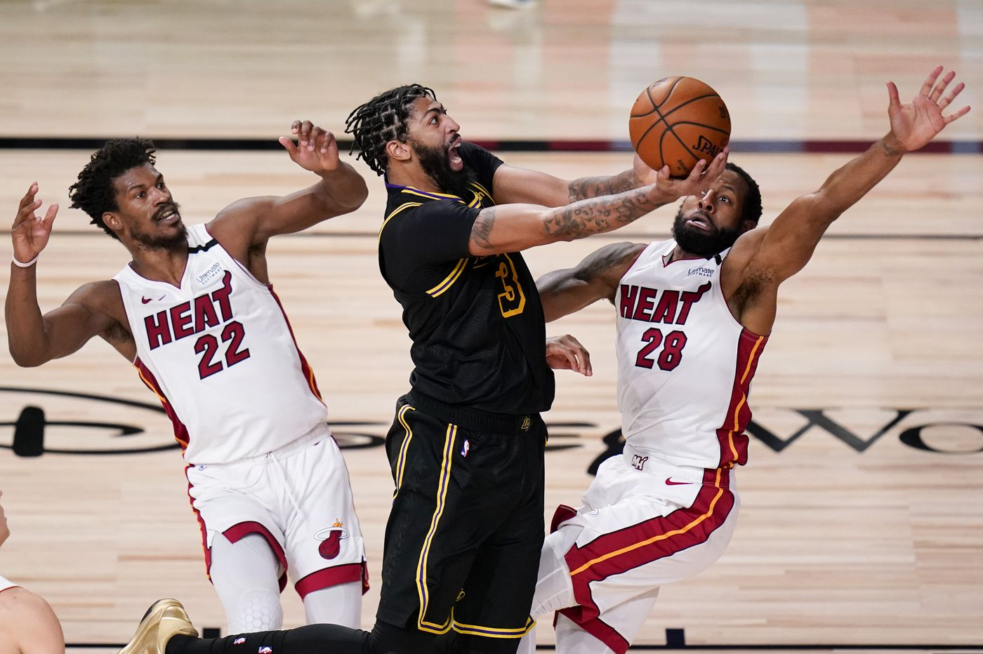 Heat force Game 6, top Lakers, 111-108, to fend off elimination