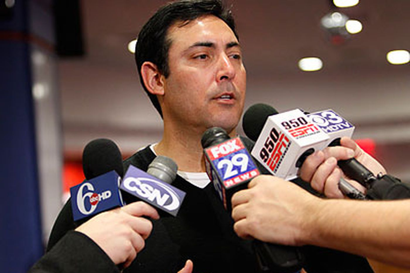 Budget-conscious Phils seek pitching