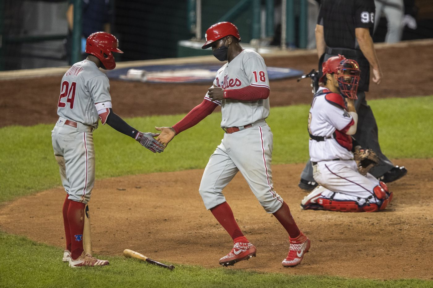 Phillies lean on their bullpen, J.T. Realmuto for an 8-3 win over the Nationals