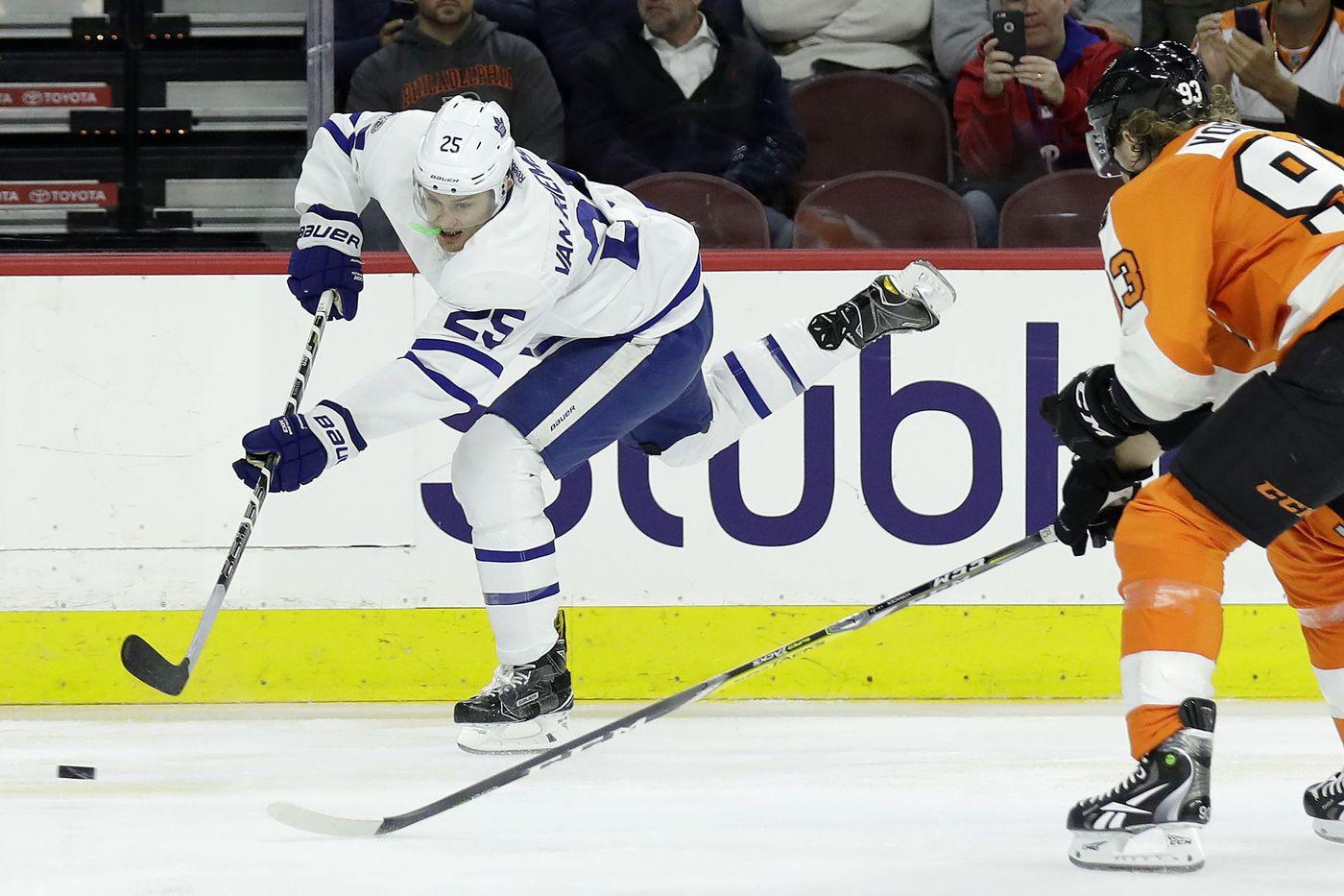 Flyers' James van Riemsdyk signing brings back memories of Danny Briere
