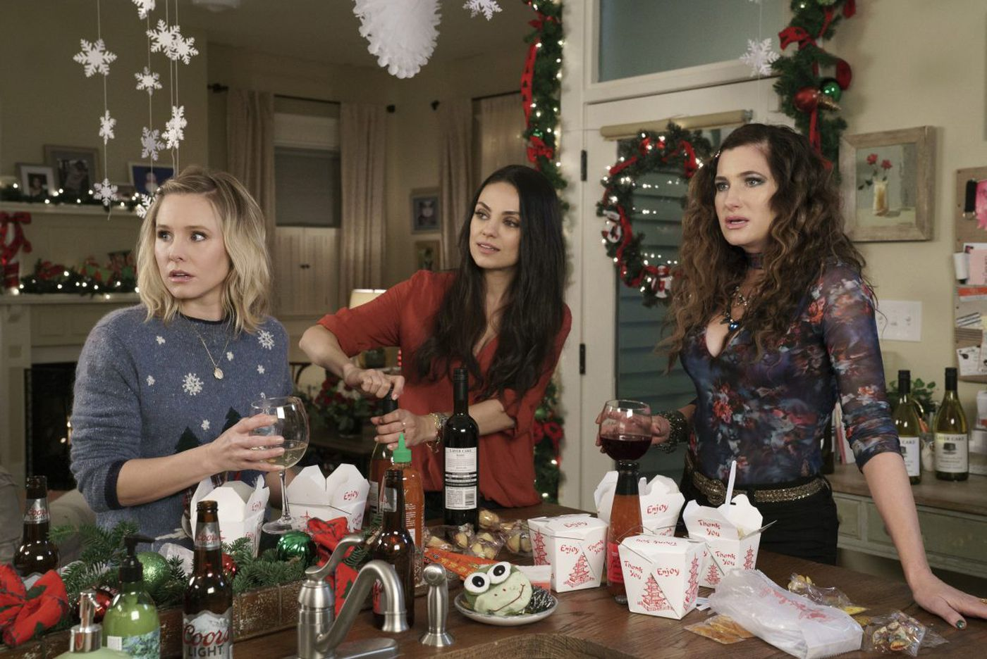 'A Bad Moms Christmas': Going for the easy and sleazy is no gift