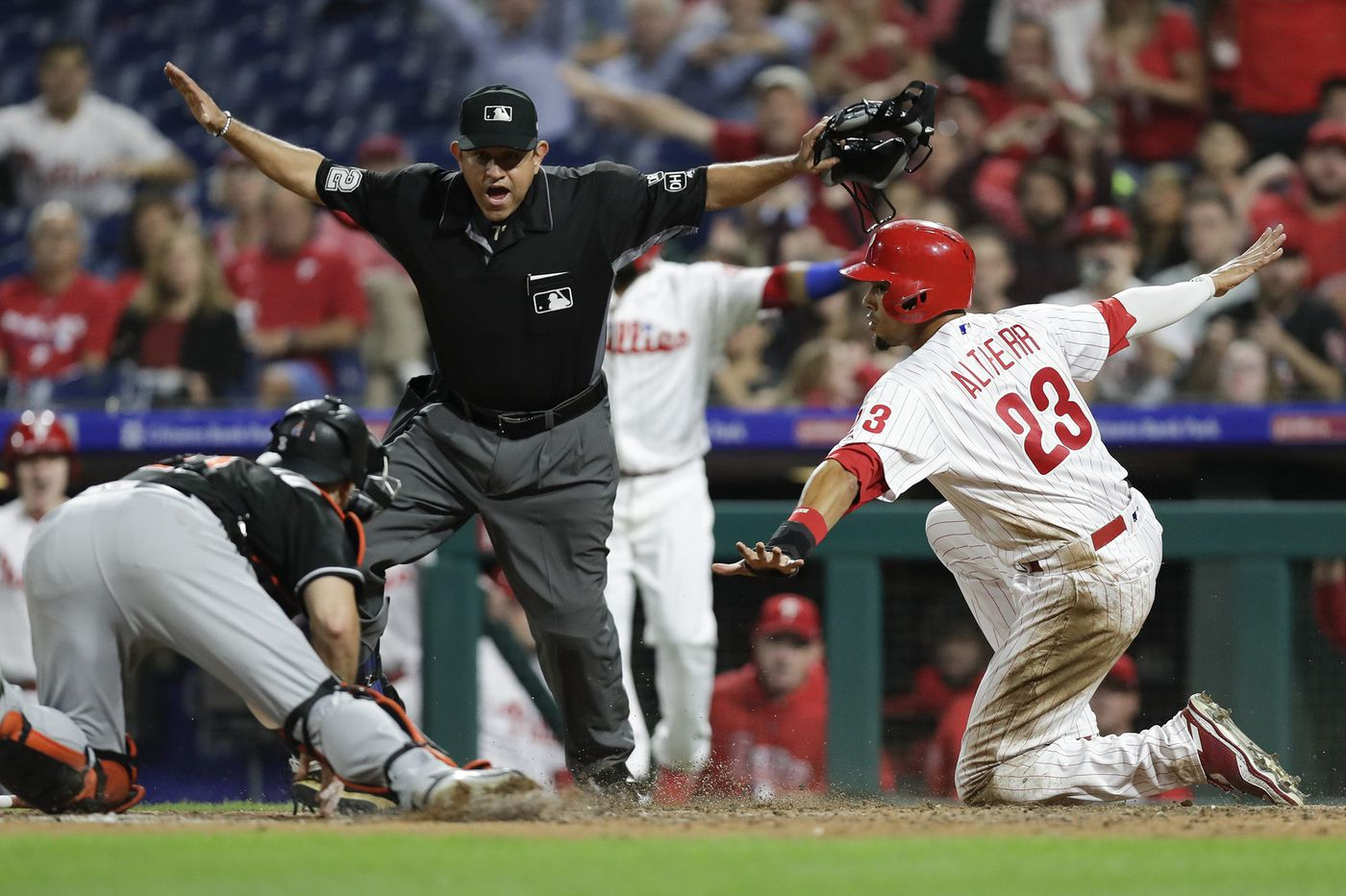 Phillies blast Marlins 14-2, still have 'a chip and a chair' according to Gabe Kapler